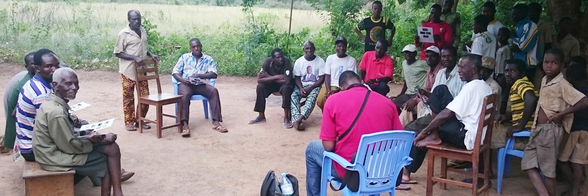 Une assemblée de village au Togo